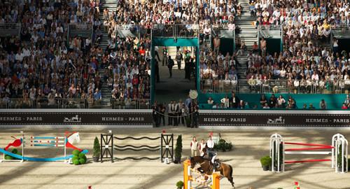 1366115961_4-les-tribunes