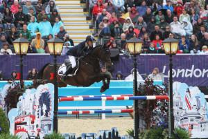 Andrew Hoy and Rutherglen Jumping4_Ken Braddick